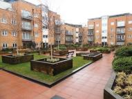 2 bedroom Penthouse in Whitestone Way, Croydon...