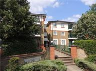 Apartment in Lime Tree Court...