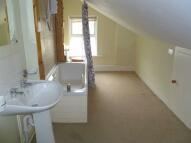 Apartment in Birdhurst Road...