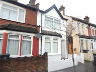 Sutherland Road End of Terrace property to rent