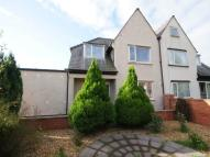 3 bedroom semi detached property to rent in The Cross...