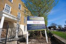 Flat to rent in Kingsland House...
