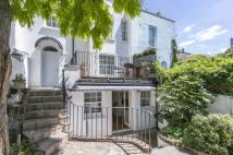 2 bedroom semi detached property to rent in Palace Gardens Terrace...