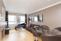 Brompton Place Town House to rent