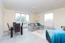 3 bedroom Apartment in Belgravia Court...