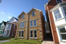 4 bedroom semi detached house to rent in Victoria Road, Sandown