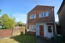 Maisonette to rent in Bridge Road, Cowes