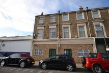 3 bedroom Flat in Clarence Road, East Cowes