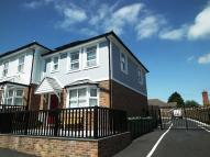 semi detached house to rent in Station Avenue, Sandown