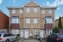 4 bed Mews to rent in Westhill Road, Cowes