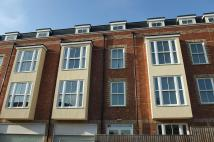 Flat to rent in Market Street, Newport