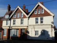 Flat to rent in The Broadway, Totland