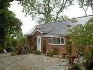 2 bedroom Bungalow to rent in Woodside, Wootton
