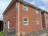 2 bed semi detached house in Cross Street, Oakfield