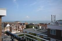 2 bed Flat to rent in Mill Hill Road, Cowes