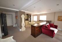 2 bedroom Flat to rent in High Street, Seaview