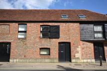 Apartment to rent in Sea Street, Newport