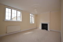 Maisonette to rent in Star Street, Ryde