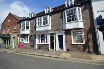 1 bedroom Apartment in Holyrood Street, Newport