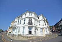 2 bedroom Flat to rent in Hambrough Road, Ventnor