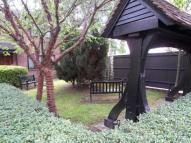 2 bed Flat for sale in Heston, TW5