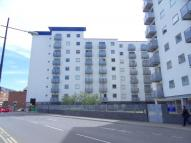 Flat for sale in Hounslow, TW3