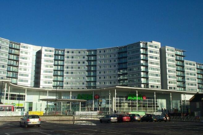 Blenheim Centre side.JPG