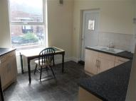 2 bedroom Flat to rent in Spring Bank West, Hull,