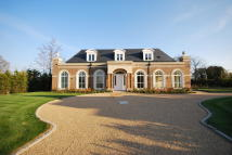 5 bed new property for sale in Surrey, Sussex & Kent
