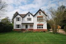 Detached house in Lingfield, Surrey