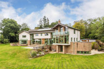 7 bed Detached house for sale in Dormans Park, West Sussex