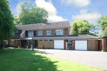 4 bed Detached property in PENN, Mount Road