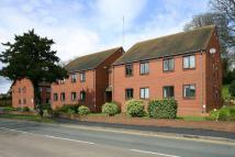 2 bed Apartment in WOMBOURNE, High Street