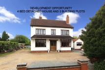 4 bed Detached house in WOMBOURNE, Station Road