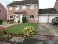 2 bed semi detached house in Rowan Close, Durrington...