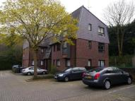 2 bedroom Flat in Somercoates Close...