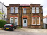 1 bed Maisonette to rent in Park Road, High Barnet...