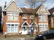 Studio flat to rent in Craven Avenue, Ealing