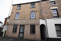 2 bed Flat to rent in Upper Church Street...