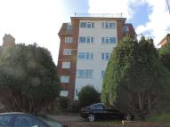 2 bedroom Flat in Highcroft Villas...