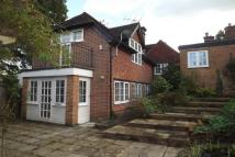 4 bedroom Detached property to rent in Tidebrook