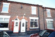 2 bedroom Terraced house to rent in Ross Street, Widnes...