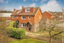 4 bed Detached property in Liphook