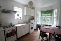 2 bedroom Flat in Sandrock Road, Lewisham
