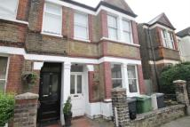 Flat to rent in Arica Road, Brockley