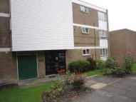 2 bed Flat in Merridene, Grange Park...