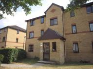 Ground Flat in Woodfield Close, ENFIELD...