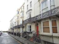 Flat to rent in Bloomsbury Place...