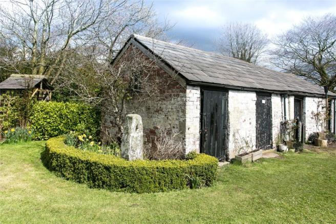 Outbuilding Img 2