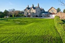 8 bedroom Detached property in Salwick, Preston...